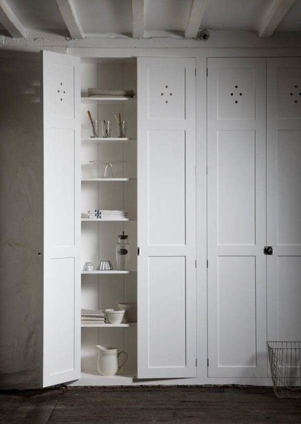 Simply fitted the devol journal devol kitchens for Fitted kitchen cabinets