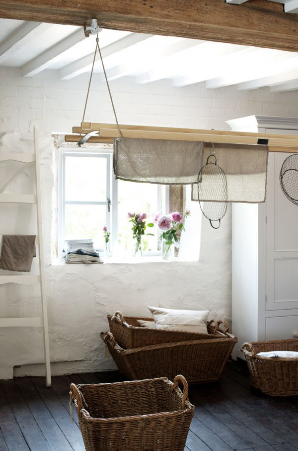 The deVOL de-luxe Laundry Maid