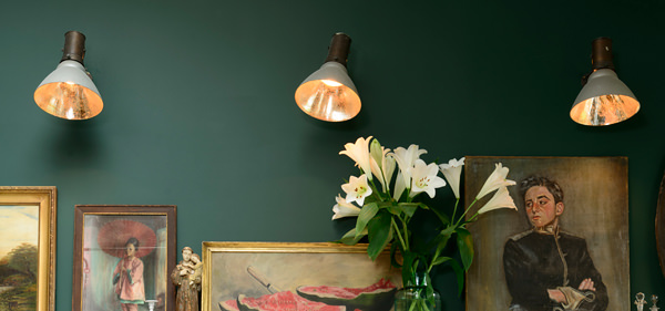 Retrouvius Wall Lights : deVOL directory: The Peckham Rye Kitchen - The deVOL Journal - deVOL Kitchens