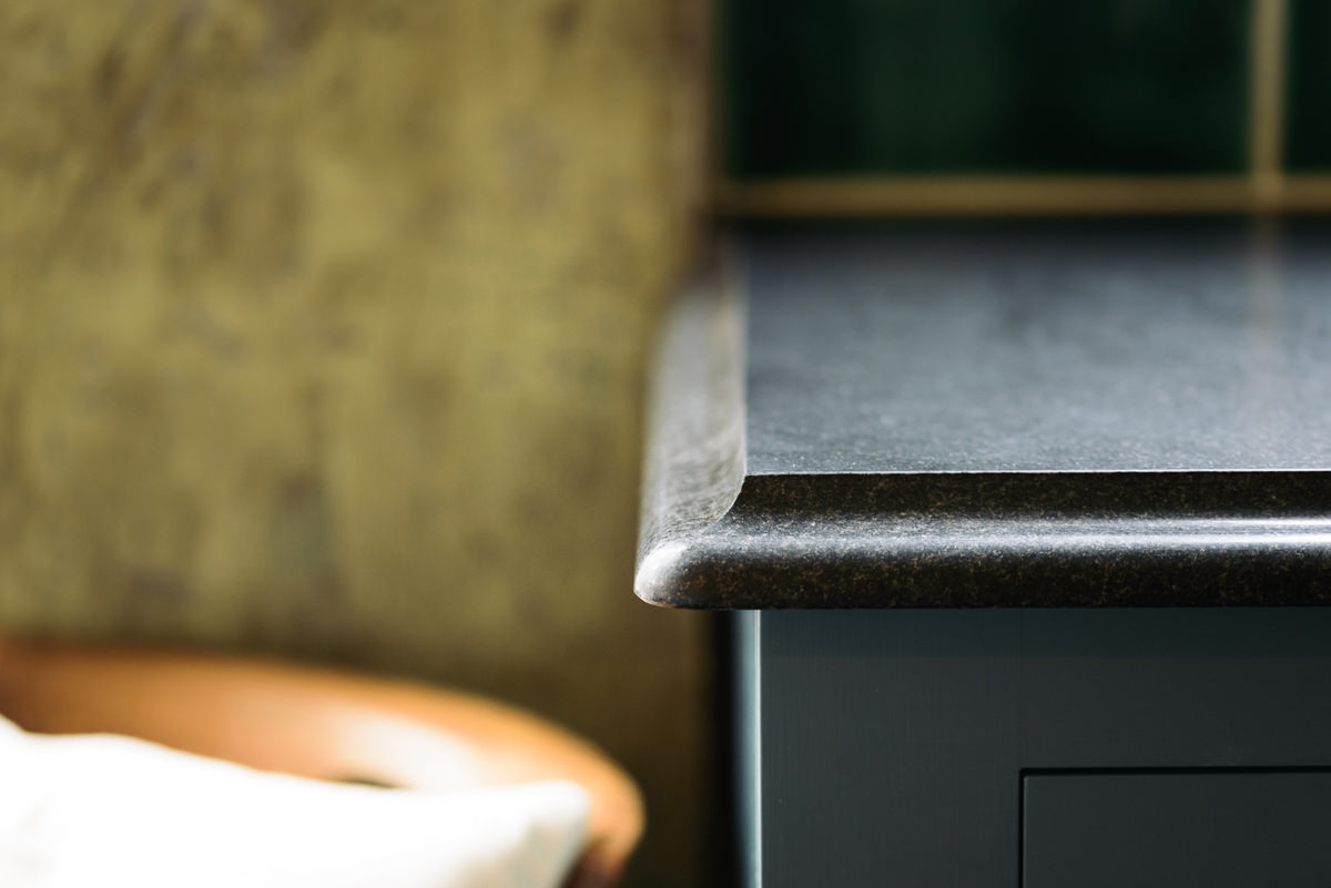 blackgraniteworktops