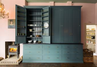 deVOL directory: The St. John's Square showroom kitchen -PART 2