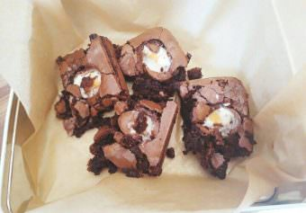 Recipe- Creme Egg Brownies