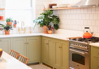 A Village Green deVOL Kitchen in Brooklyn, New York
