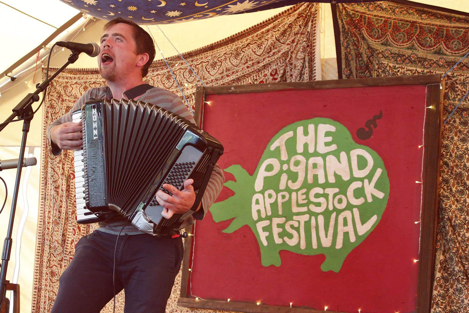 Applestock-festival-blog-13