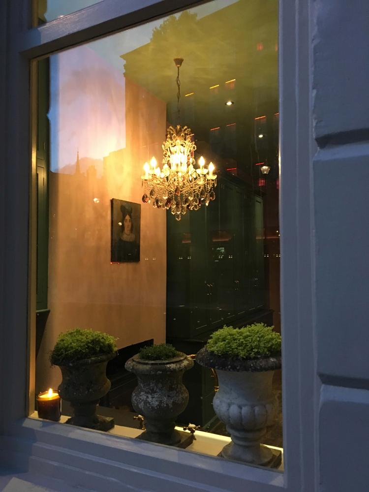 deVOL-Kitchens-Showroom