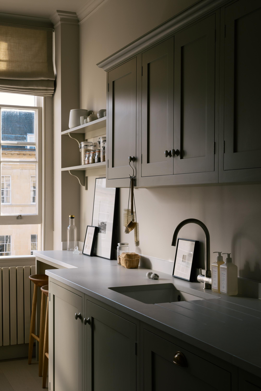 A Georgian Apartment in Bath by deVOL