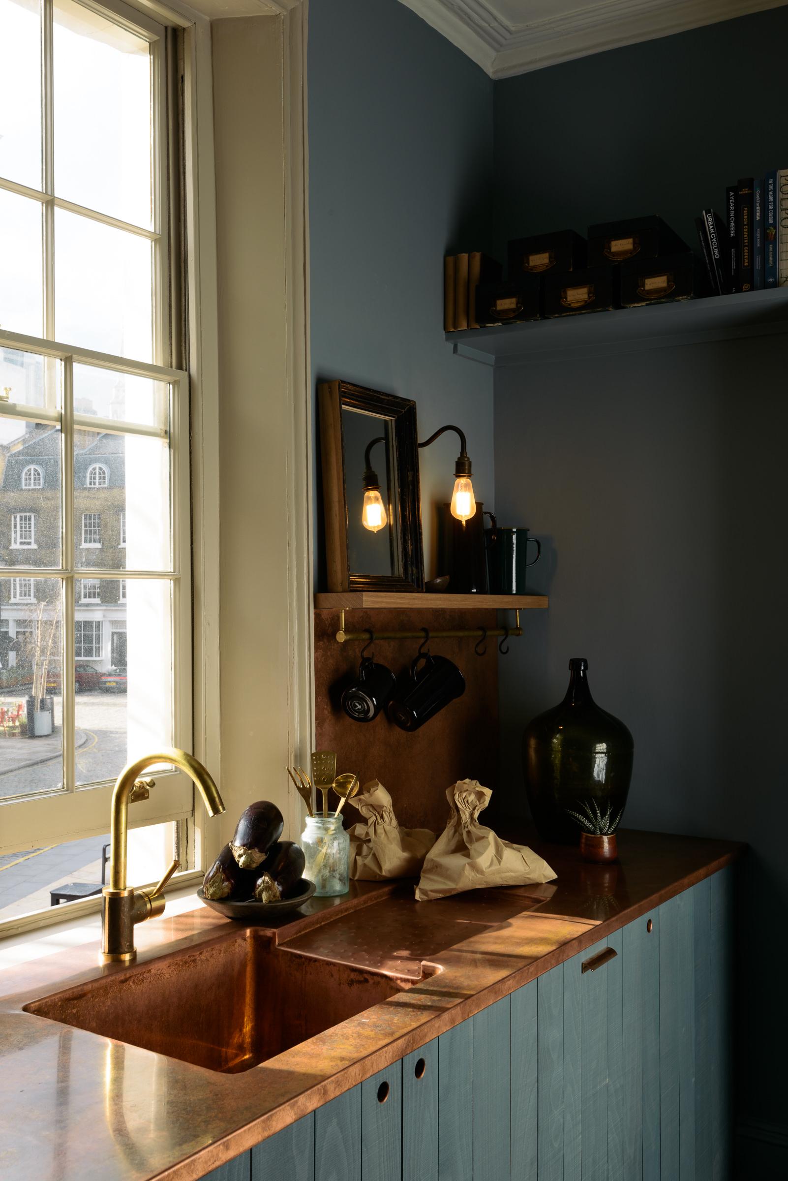 The St John's Townhouse Kitchen by deVOL
