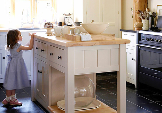 This bespoke Classic English Kitchen was build in an oak framed house for Border Oak and featured on Channel 4's Grand Designs.
