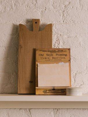 Cream Aged Note Board