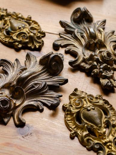 Gilding the Lily Picture Hooks