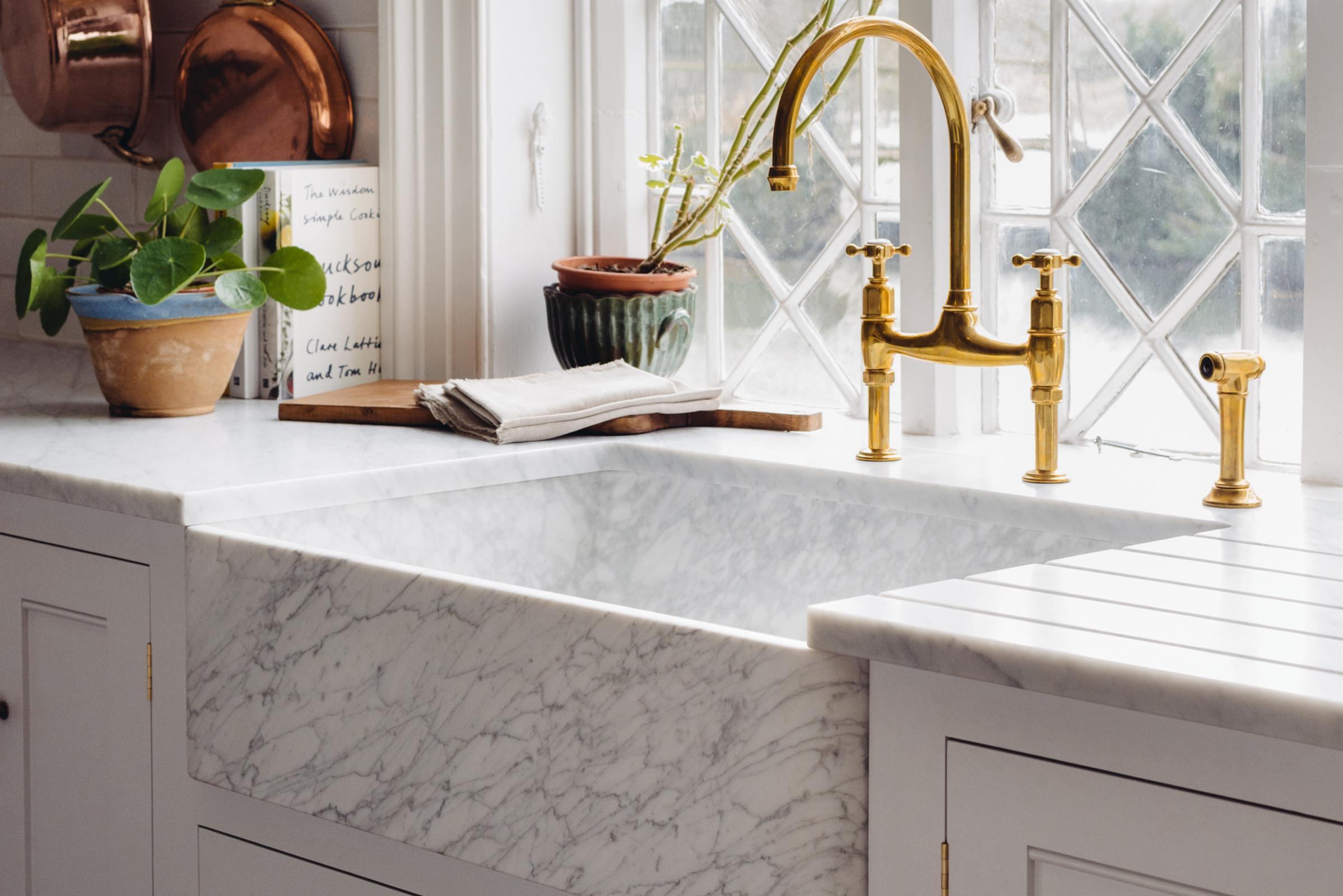Milano Penthouse 800 Single Marble Sink photo 2
