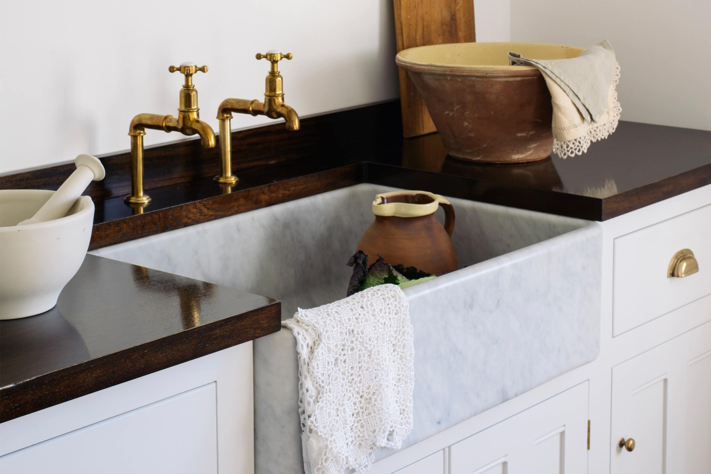 Tuscan Farmhouse 800 Single Marble Sink photo 3