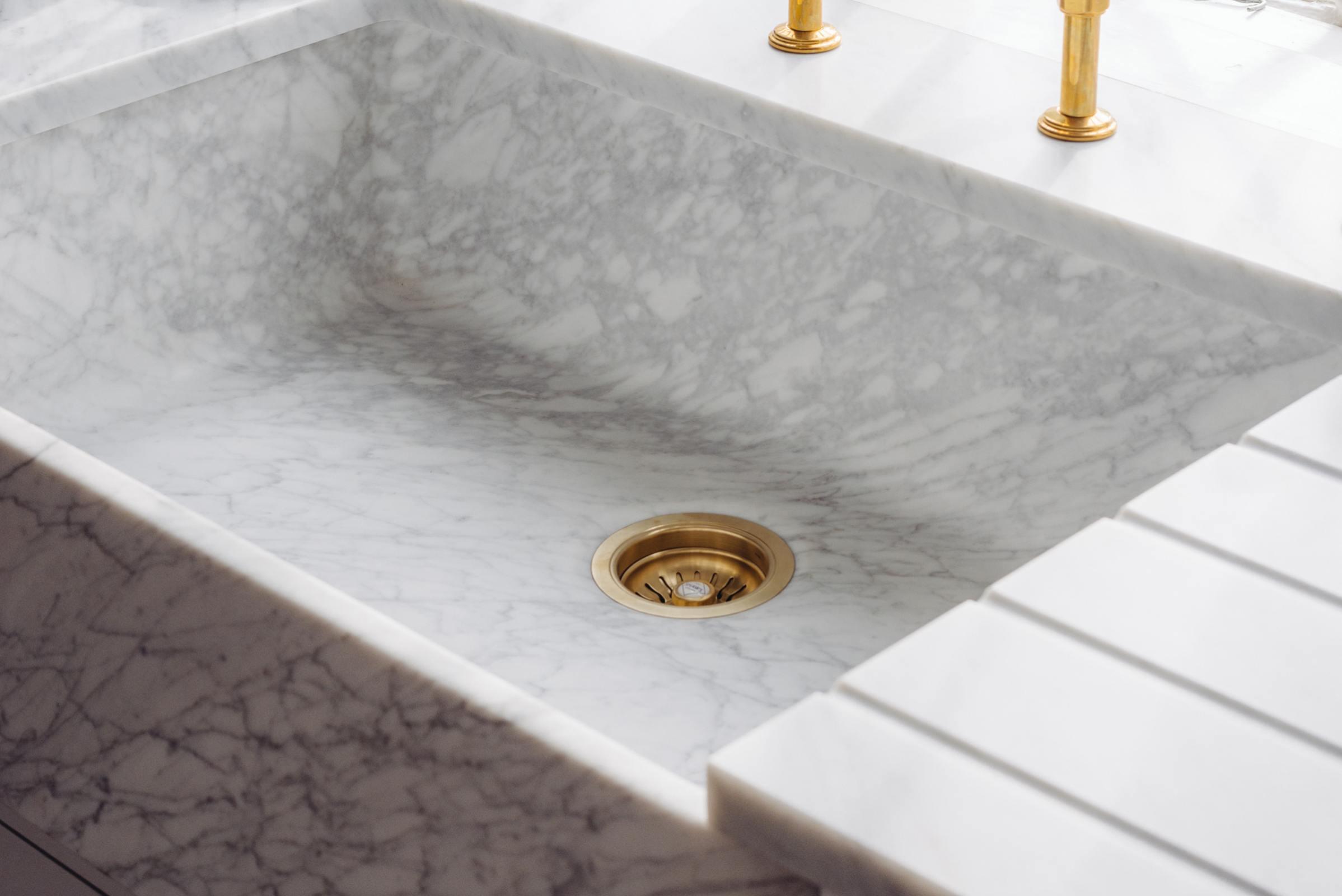 Milano Penthouse 800 Single Marble Sink photo 6