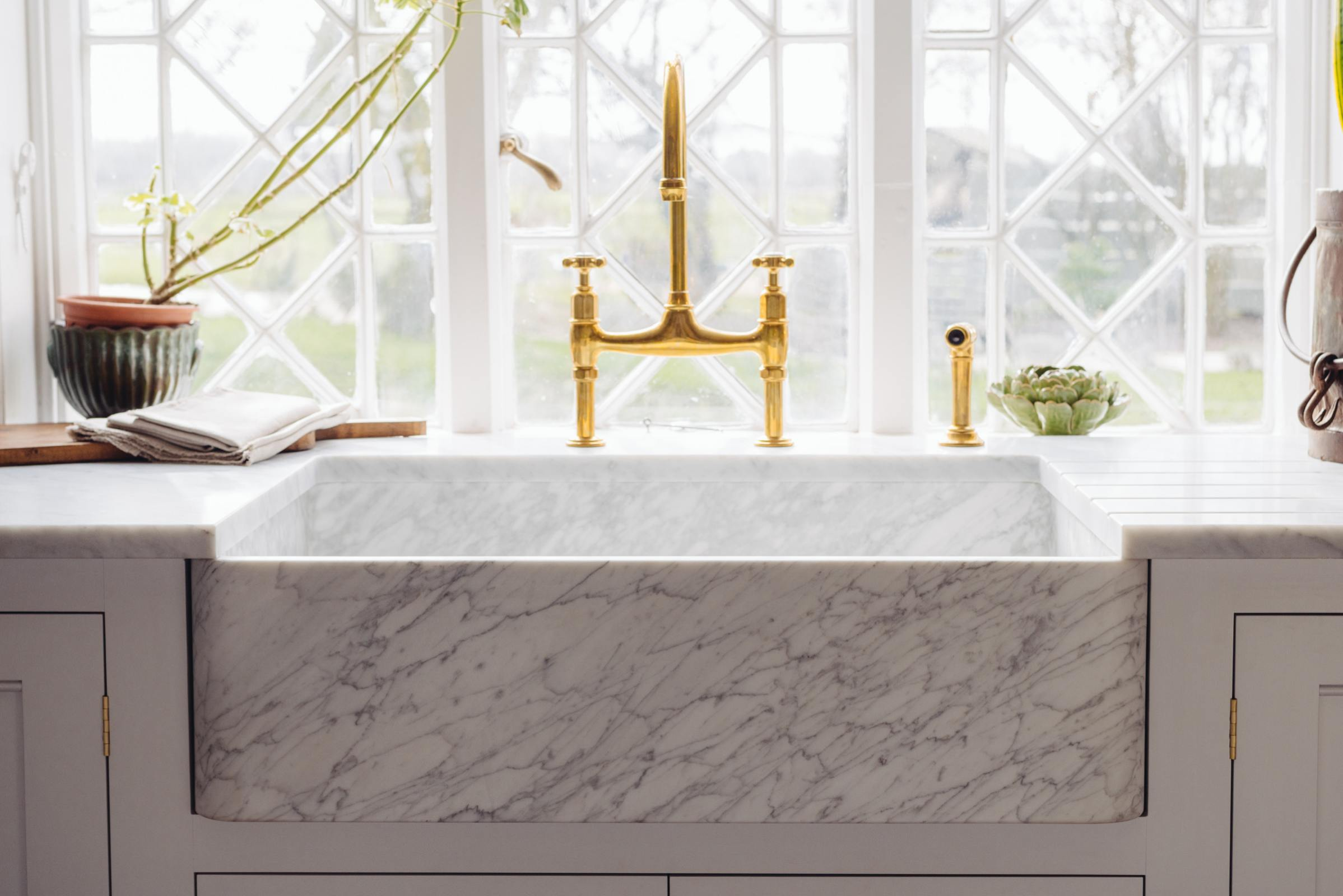 Milano Penthouse 800 Single Marble Sink photo 7