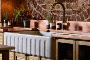 Fluted Tuscan Farmhouse 1000 Double Marble Sink photo 2 thumbnail