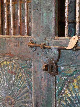 Green Painted Indian Doorway photo 5 thumbnail