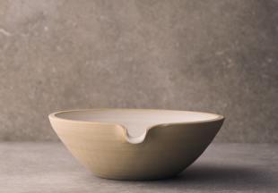 Large Lipped Pouring Bowl photo 2 thumbnail