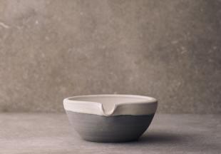 Small Lipped Pouring Bowl photo 2 thumbnail