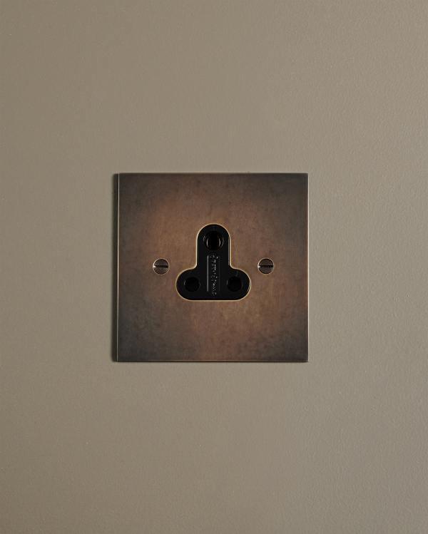 Classic 5A Plug Sockets