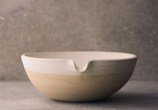 Large Lipped Pouring Bowl